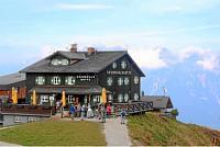 Krummholzhütte an der Bergstation